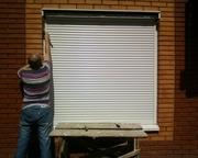 Ремонт ролетных конструкций Киев,  ремонт защитных ролет,  ремонт дверей